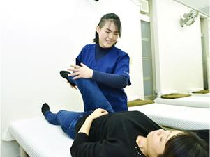 春日井市交通事故治療・むち打ち治療の施術写真04