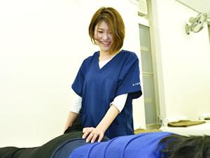 春日井市交通事故治療・むち打ち治療の施術写真10