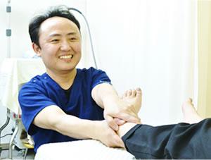 春日井市交通事故治療・むち打ち治療の施術写真26